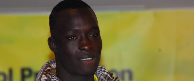Siteu001-une Siteu et Reug Reug débarquent à Dakar : Le phénomène s'offre un bain de foule, le prince s'éclipse Lamb