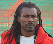 Les premi�res embrouilles du coach : Aliou Ciss� surnomm� �Yaya Jammeh�, son bureau baptis� �la Crei�