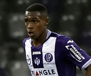 Espagne: Le FC Barcelone suit Issa Diop