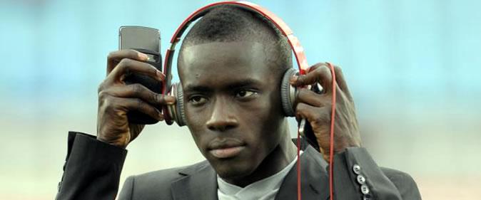Aston Villa rentre dans la course pour Idrissa Gueye