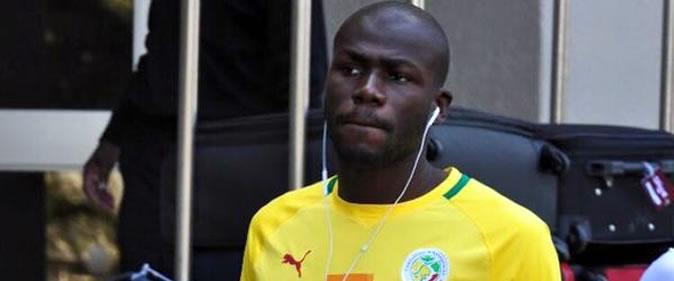 Kalidou Koulibaly sauve les lions d'une expulsion à leur hôtel