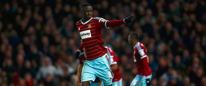 Kouyate05-une West Ham: Cheikhou Kouyaté inscrit un but contre Tottenham            (West Ham 2-3 Tottenham) Buts des Lions
