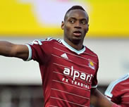 Liverpool suit Diafra Sakho
