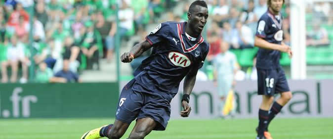 Aston Villa veut San� en pr�t: Bordeaux r�clame 3,3 milliards FCFA