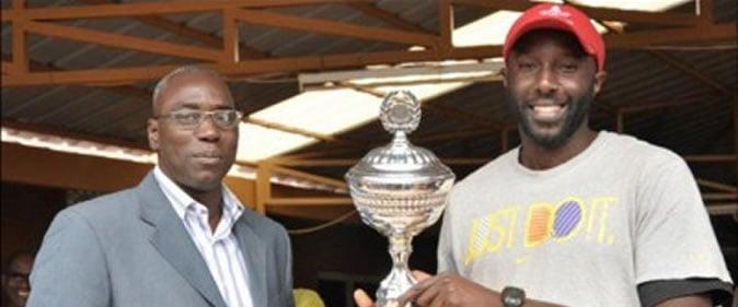 Tennis01-une Issa Mboup, président FST: «Le Sénégal ne doit pas rester à la traîne par rapport aux infrastructures» Tennis